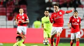Desportivo das Aves e Benfica defrontam-se esta segunda-feira (18). AFP