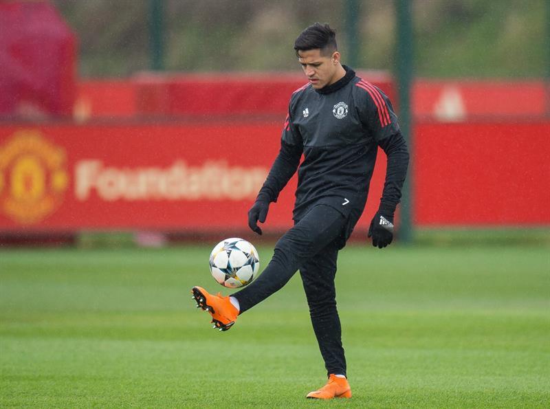 Alexis Sanchez n'y arrive toujours pas — Alerte à United