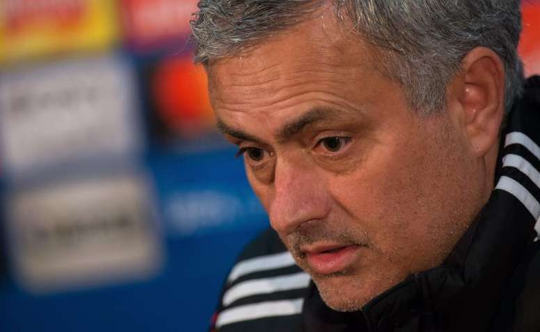 Mourinho sacó la cara por Rashford. EFE
