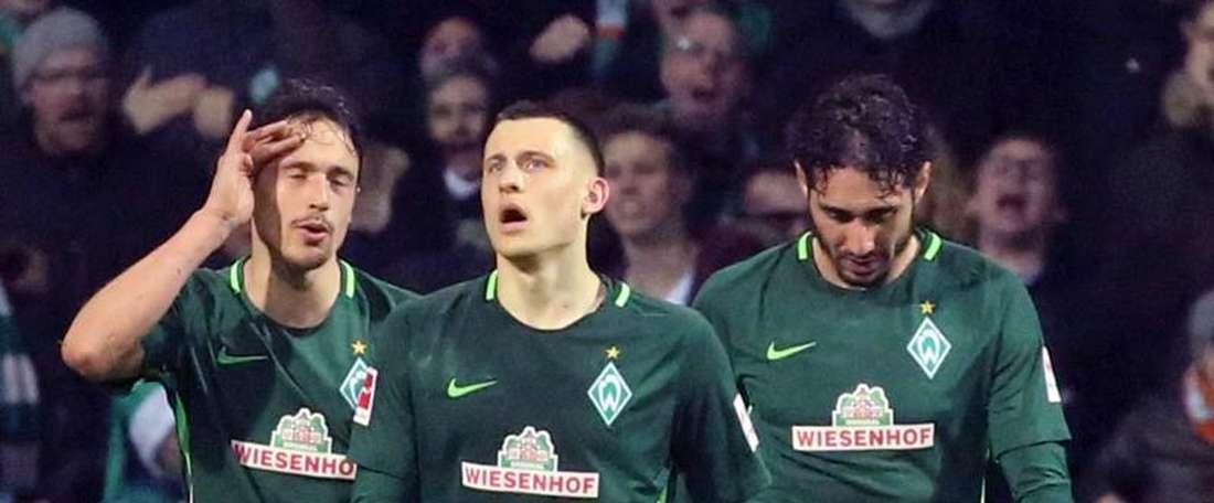 El Werder Bremen venció a su rival por 3-1. EFE