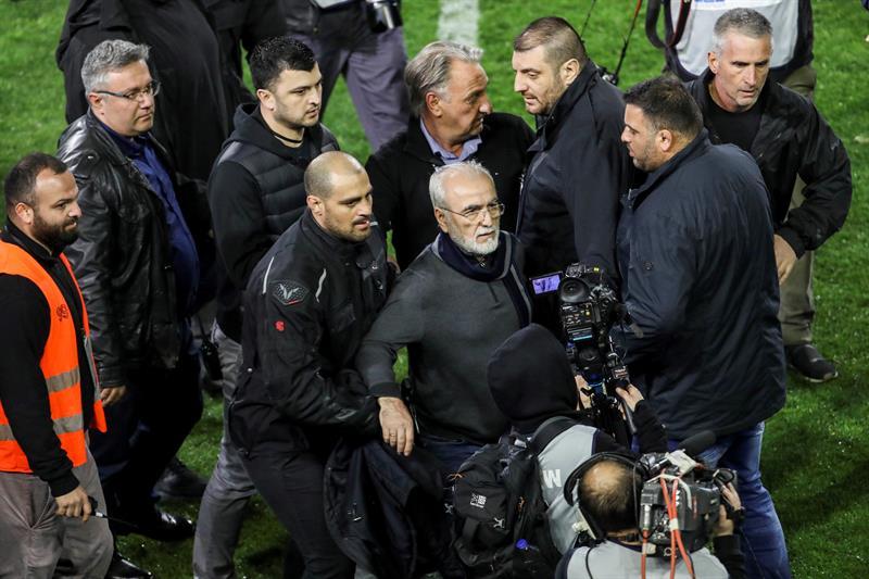 Grèce: le championnat de football reprend samedi après trois semaines de suspension