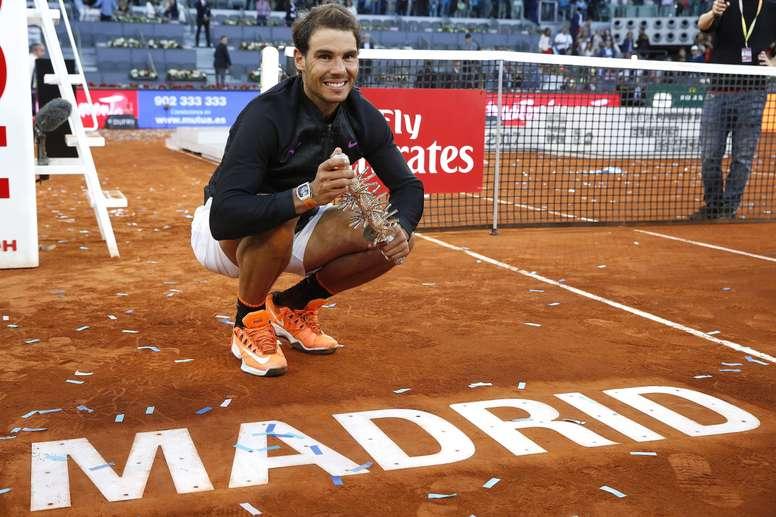El tenista español Rafael Nadal tras vencer al austriaco Dominic Thiem, en la final del torneo Mutua Madrid Open la pasada edición. EFE/Archivo