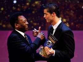 Image d'archive de Cristiano Ronaldo et Pelé. EFE