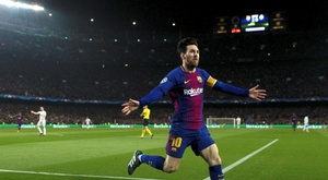 La star du FC Barcelone Lionel Messi après avoir marqué son 2e but face à Chelsea, le 14 mars 2018 au Camp Nou