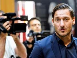 Totti témoigne tout son soutien à San Fernando. EFE