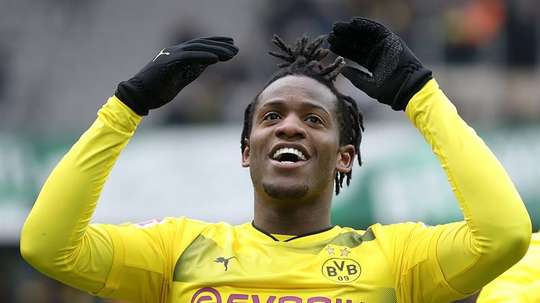 Batshuayi went out on loan to Dortmund in January. EFE/EPA