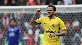 Roban en casa de Alves durante el PSG-Montpellier. EFE/EPA