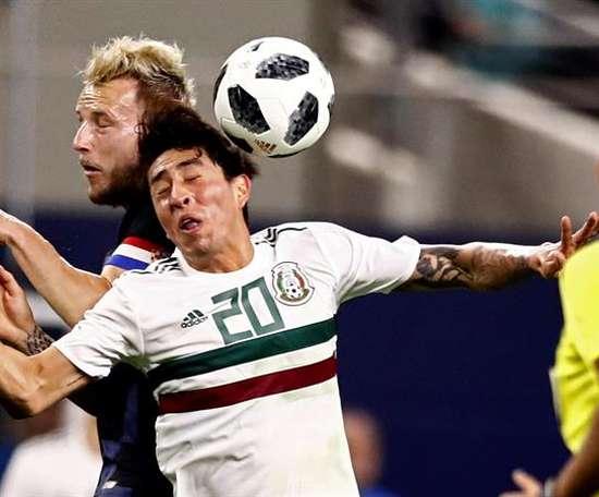 Omar Govea se quedó sin equipo. EFE