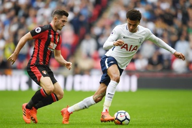 Bournemouth's Lewis Cook has struggled for minutes this season. EFE/Archivo