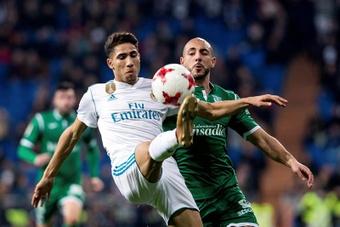 Achraf dejó abierta la puerta al Madrid de cara al futuro. EFE