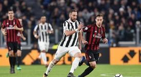 El delantero argentino podría ser el sacrificado tras la llegada de Cristiano. EFE