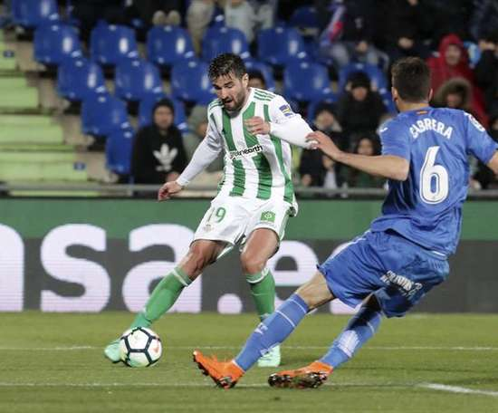 Barragan spent all of last season on loan at Real Betis. EFE