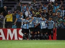 Gremio venció a Cruzeiro por la mínima. EFE