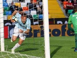 Ciro Immobile igualó el encuentro que terminaría ganando la Lazio en Udine. EFE/EPA