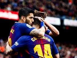Barcelona vence Valencia no Camp Nou. EFE