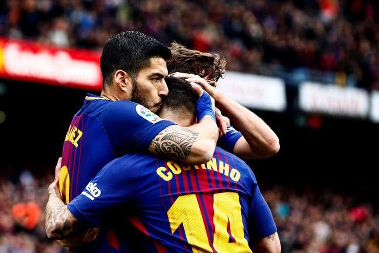 El Barcelona esquivó la bala del Valencia. EFE
