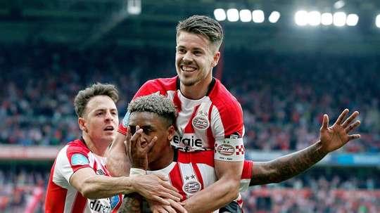 PSV vence rival e é campeão.EFE