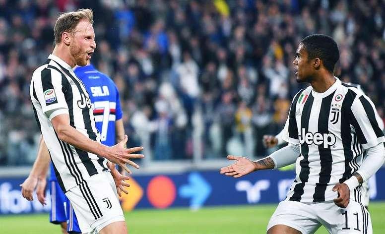 Juventus bateu Sampdoria por 3-0.EFE