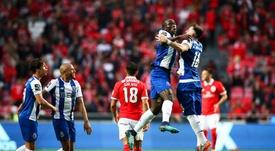 Porto vence e lidera a liga portuguesa-EFE