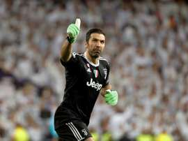 Buffon is yet to make up his mind about his future. EFE