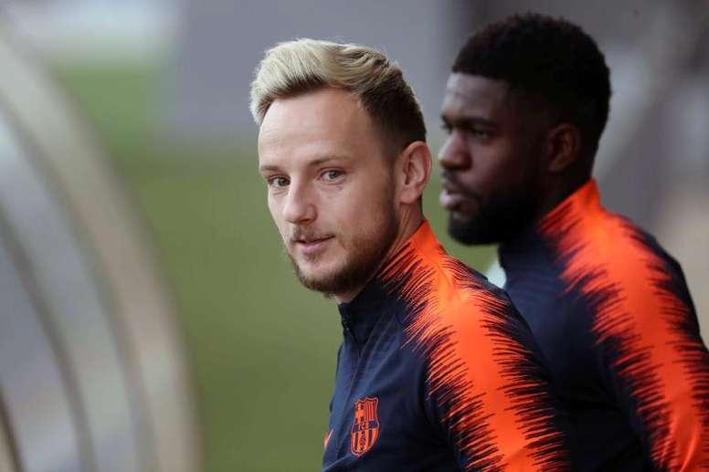 Ivan Rakitic no dudó en quedarse en el Barça. EFE