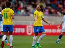 Marta sofre lesão na coxa às vésperas do Mundial. EFE