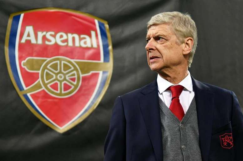Wenger wanted to sign two big players at Arsenal. EFE/Archivo