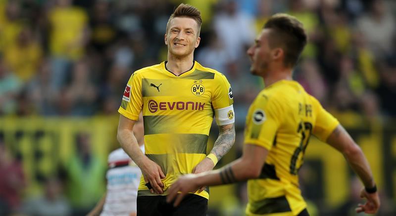 PES 2019 pierde la licencia del Borussia Dortmund