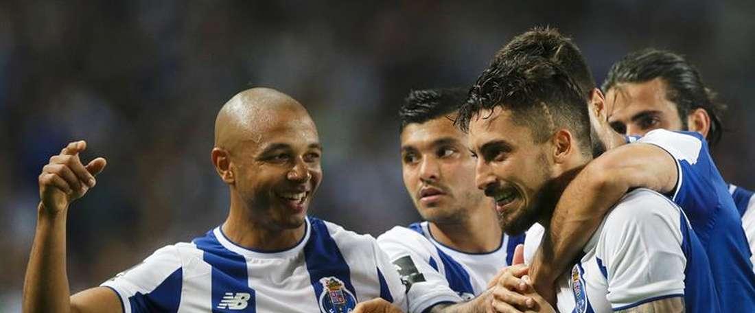 El Oporto celebró el título liguero venciendo al Feirense. EFE/Archivo
