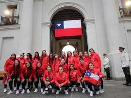 Piñera recibe a una Roja que pasa a un Mundial por primera vez en su historia. EFE