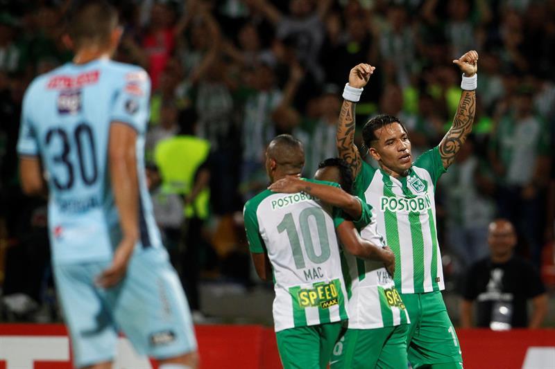 Bolívar entrena a Colombia con la mira en sumar ante Atlético Nacional