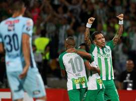 Nacional venció a Bolívar por 4-1. EFE