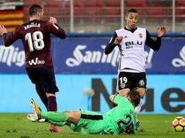Valencia e Eibar não passaram do nulo.