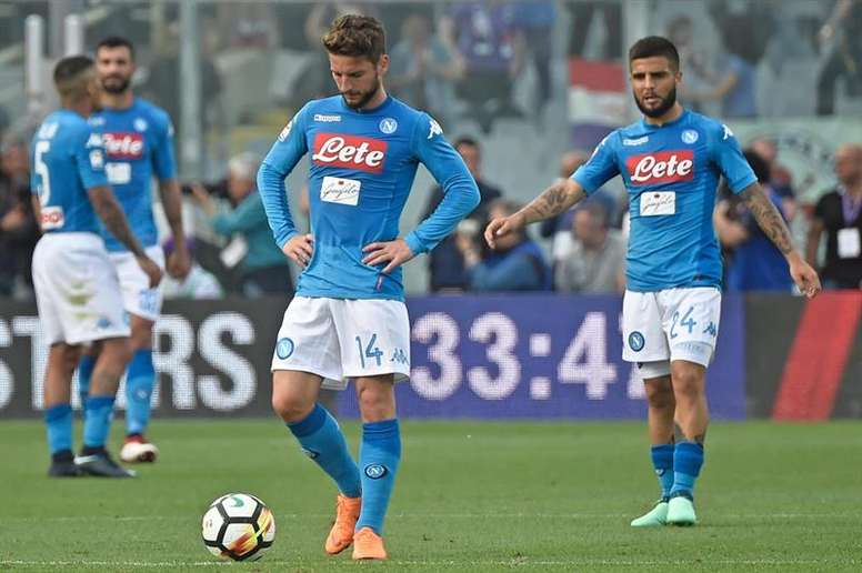 a9b1888993894 O Napoli deixa deixa o título mais perto da Juve - BeSoccer
