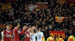 Los aficionados italianos serán sancionados por la UEFA. EFE