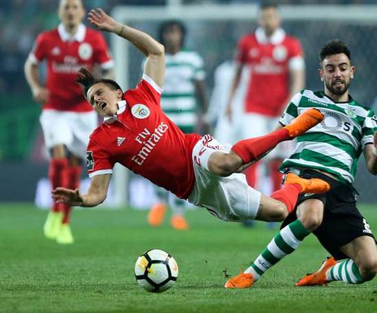 Bruno Fernandes could move to Real Madrid, according to reports in Portugal. EFE