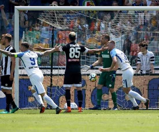 Inter celebra a vitória diante da Udinese. EFE
