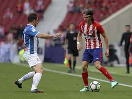 Atlético de Madrid tem proposta para Filipe Luís continuar. EFE