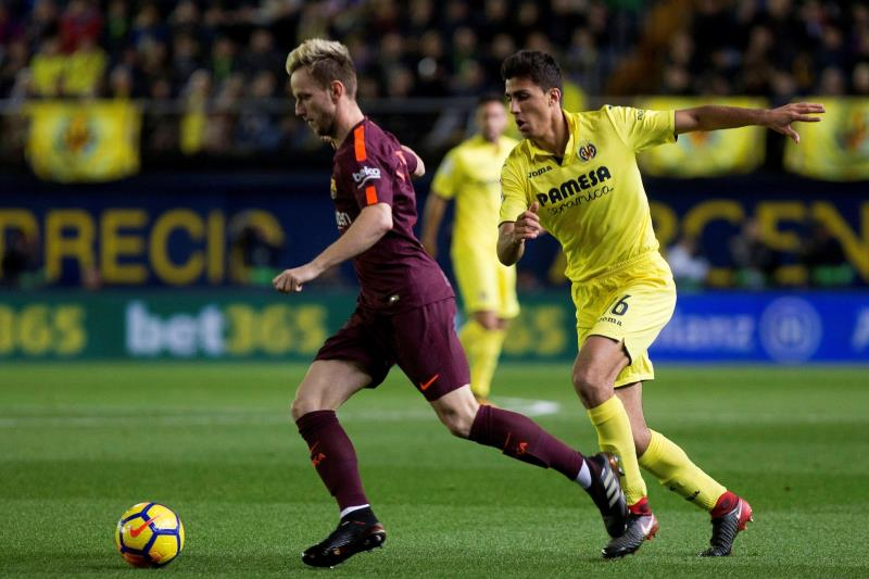 Barcelona y Real Madrid empatan en el Clásico de España