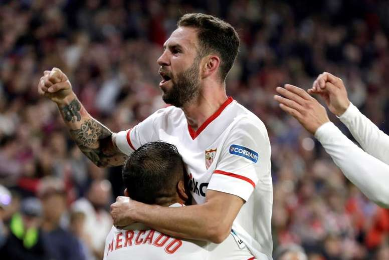 Layun veut continuer avec le FC Séville. EFE