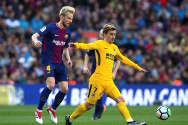 Rakitic could leave PSG this summer. EFE