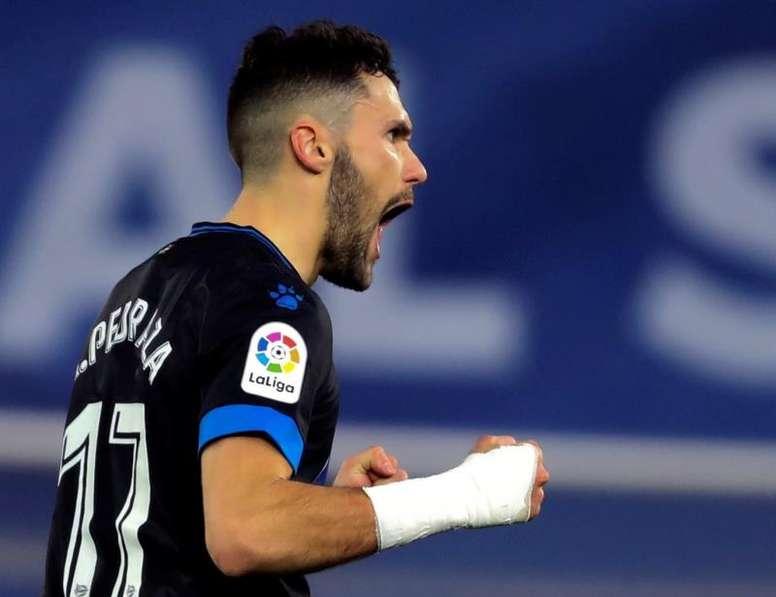El futbolista del Villarreal estaría en cartera del equipo blanco. EFE