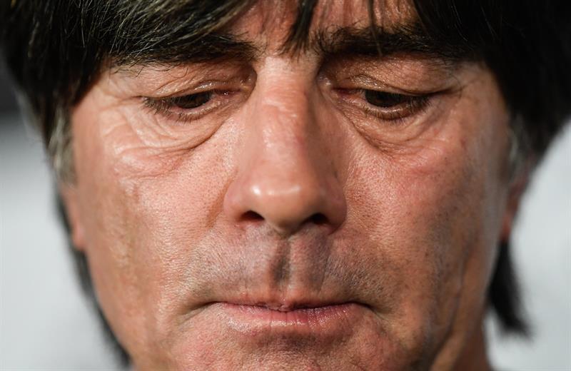Pin La Alemania de Löw sigue siendo la número uno del ranking FIFA. EFE  ArchivoWhatsappTwitterFacebookComentarios 4