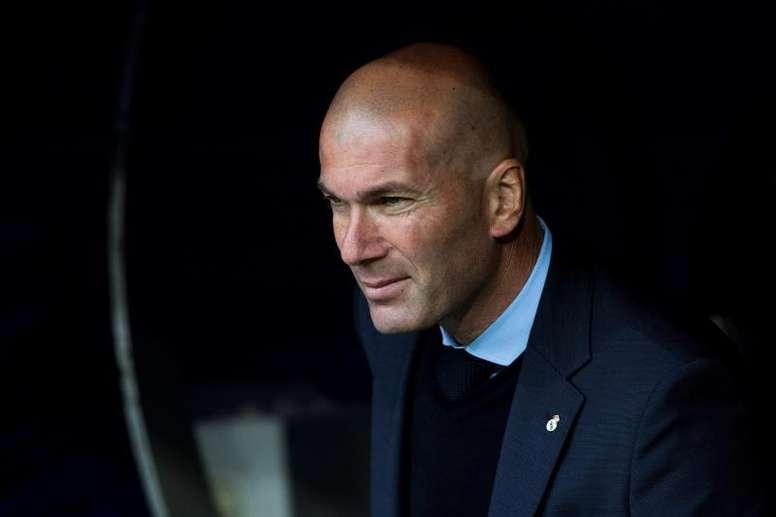 Zidane dejó huérfano el banquillo del Madrid. EFE/Archivo