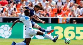 Mujaid ha jugado en el Deportivo, pero aún tiene los pies en el suelo. EFE
