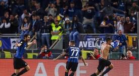 El Inter venció contra pronóstico a una Lazio que se autoboicoteó la victoria. AFP