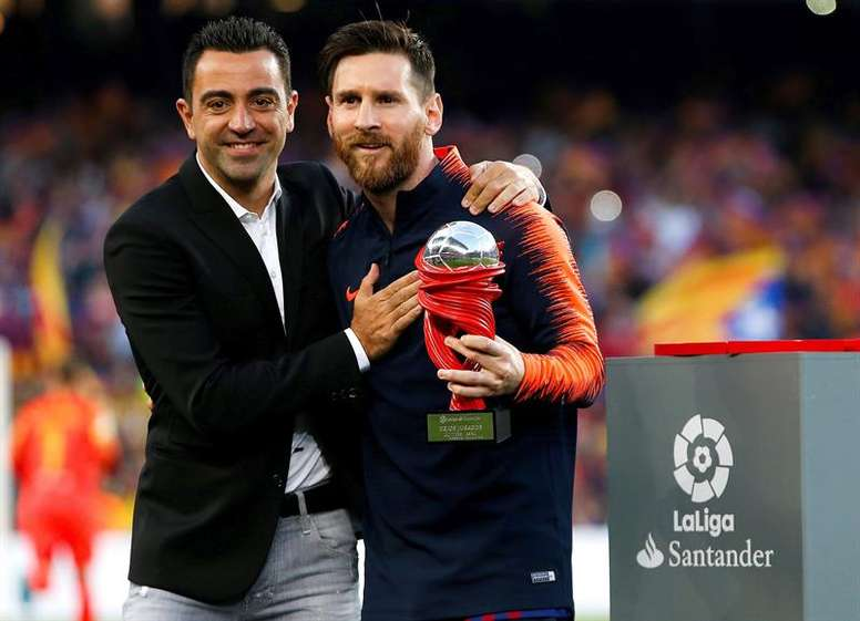 Xavi sure 'competitive beast' Messi will play 2022 World Cup. EFE