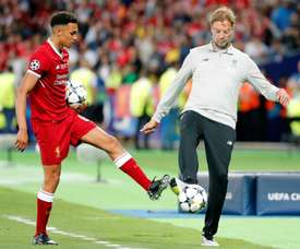 Trent Alexander-Arnold (L) is on the final shortlist for the Golden Boy award. EFE