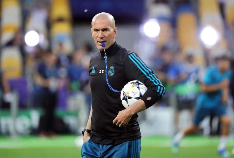 Zidane already has a plan in mind should he be given the Manchester United job. EFE