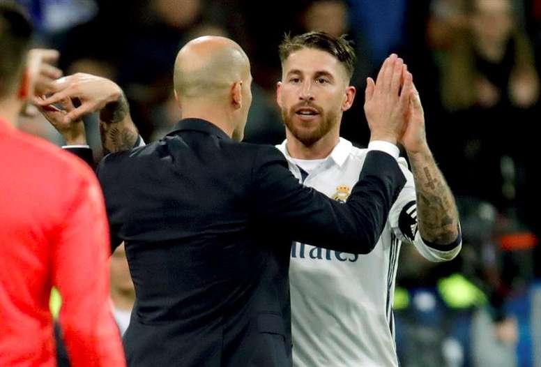 Zidane abordó la polémica con la renovación de Ramos. EFE
